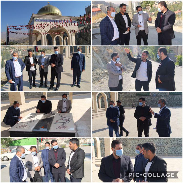 بازدید  سرپرست شهرداری رودهن به همراه مسئولین از مزار شهدای گمنام